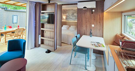 location mobil home 4 personnes biscarrosse d s 90 la nuit landes. Black Bedroom Furniture Sets. Home Design Ideas